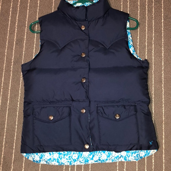 American Eagle Outfitters Jackets & Blazers - American Eagle Reversible Vest